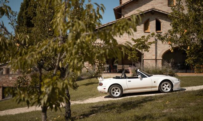 resort phong cach Mazda MX-5 anh 7
