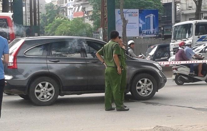 Pho ban To chuc quan uy bi de nghi truy to toi giet nguoi hinh anh 1 Chiếc xe CRV mà nạn nhân cầm lái. Ảnh: Việt Đức.