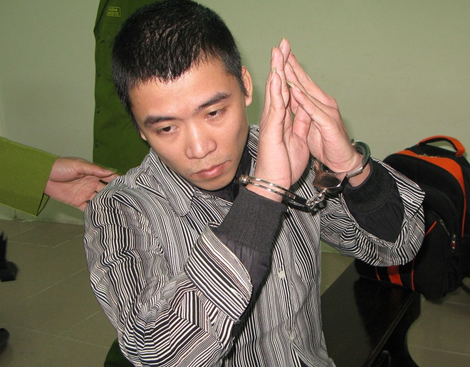 Cuu cong an phuong danh chet dong nghiep hau toa hinh anh