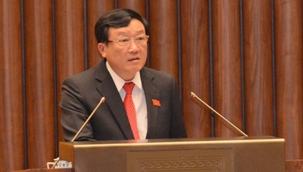 Vien truong Nguyen Hoa Binh cong khai xin loi nguoi bi oan hinh anh