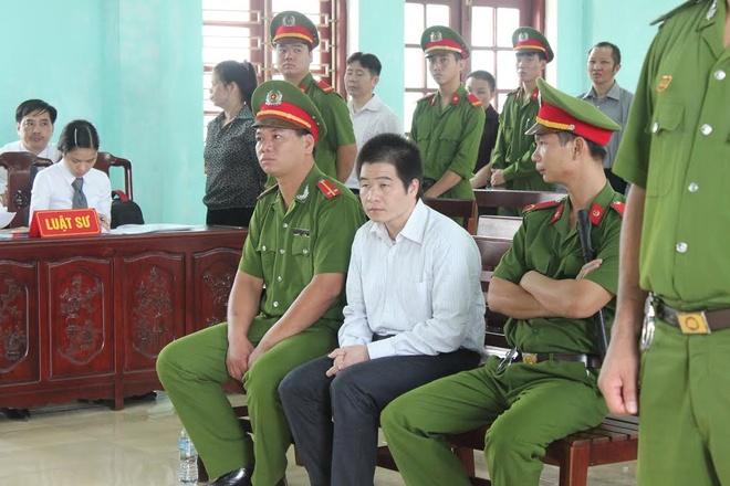 Xet xu 'Tang Keangnam' trong trai tam giam hinh anh 1 Tráng A Tàng tại phiên xử. Ảnh: Đỗ Mến.