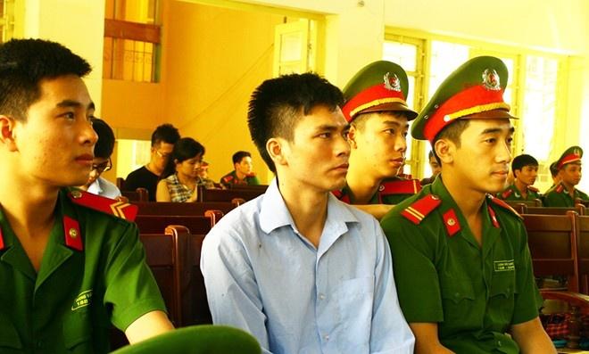 Bi cao trong vu an oan Nguyen Thanh Chan chap nhan an tu hinh anh