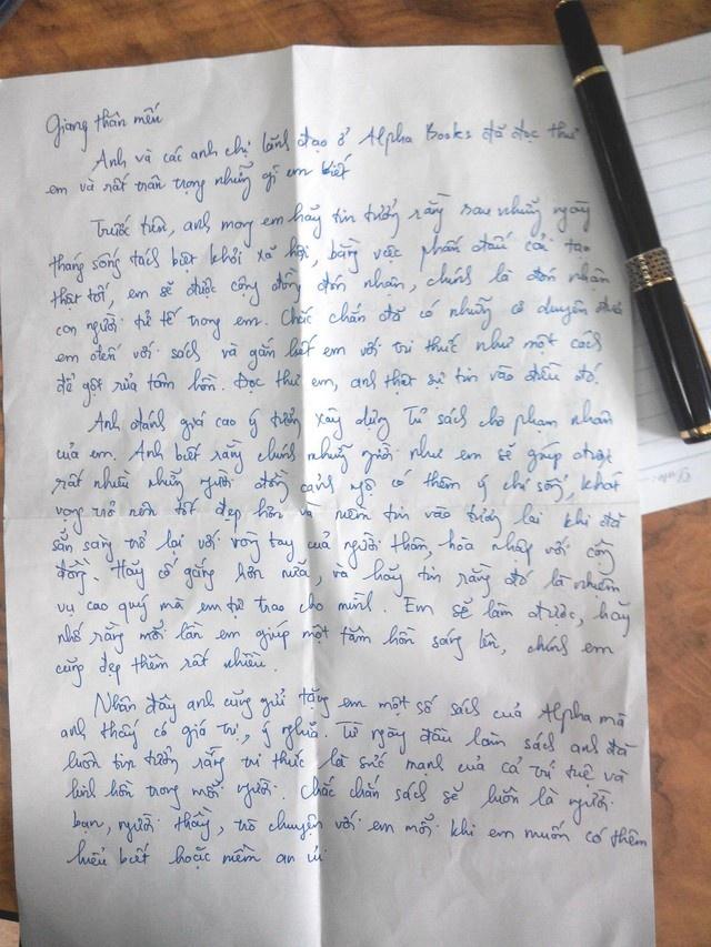 Chuyen la ve pham nhan 'mot sach' hinh anh 2 Lá thư do CEO Alpha Books gửi phạm nhân Cao Văn Giang.