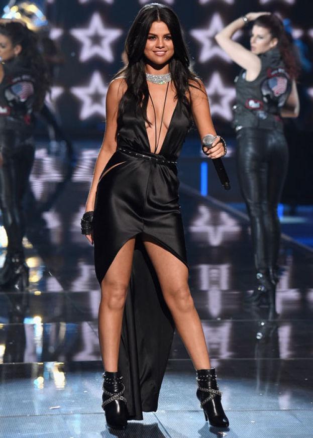 Chiem nguong nhung bo canh dep nhat cua Selena Gomez hinh anh 4