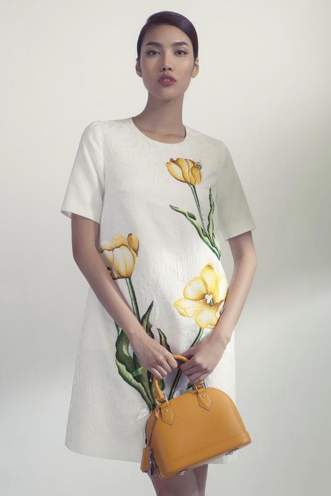 Vay hoa tiet hoa len ngoi trong mua mot thu dong hinh anh 7