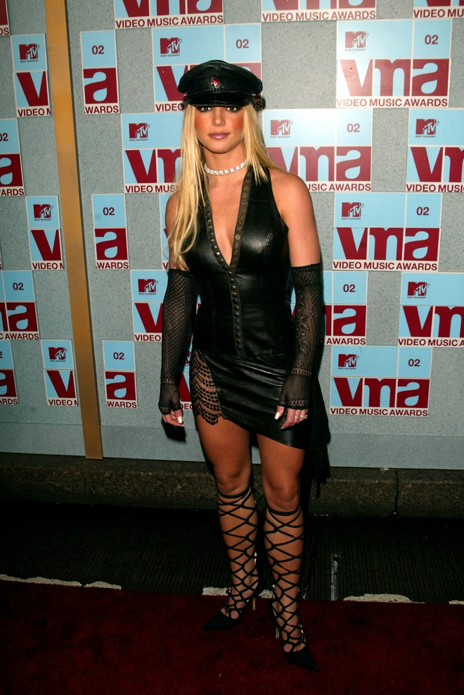 Nhung bo canh tham hoa tai le trao giai MTV VMAs hinh anh 2