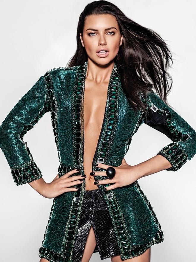 Sui He lot top sieu mau moi tren the gioi cung Gigi Hadid va Kendall Jenner anh 1