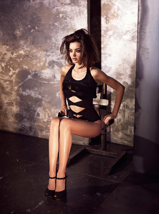 Sui He lot top sieu mau moi tren the gioi cung Gigi Hadid va Kendall Jenner anh 6