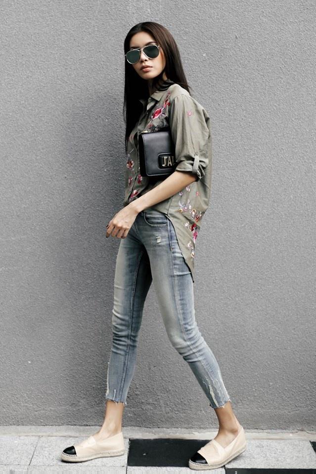 Ket hop trang phuc cung quan jeans nhu Thanh Hang, Hoang Thuy Linh hinh anh 7