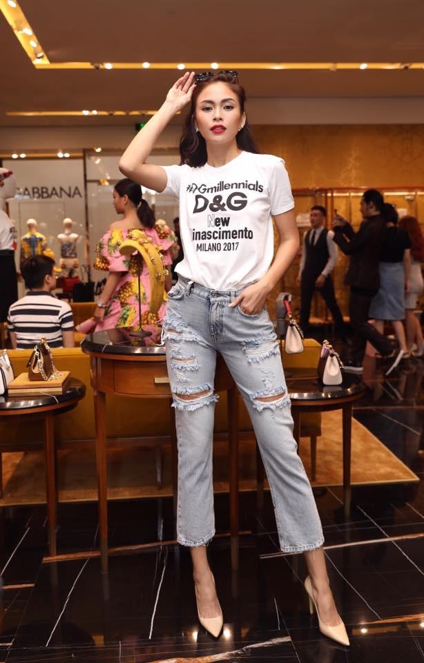 Ket hop trang phuc cung quan jeans nhu Thanh Hang, Hoang Thuy Linh hinh anh 5