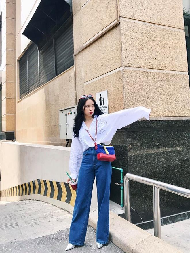Ket hop trang phuc cung quan jeans nhu Thanh Hang, Hoang Thuy Linh hinh anh 9