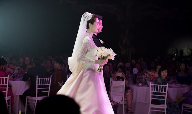 Dang Thu Thao 'trung' y tuong vay cuoi voi cong nuong Grace Kelly hinh anh 1
