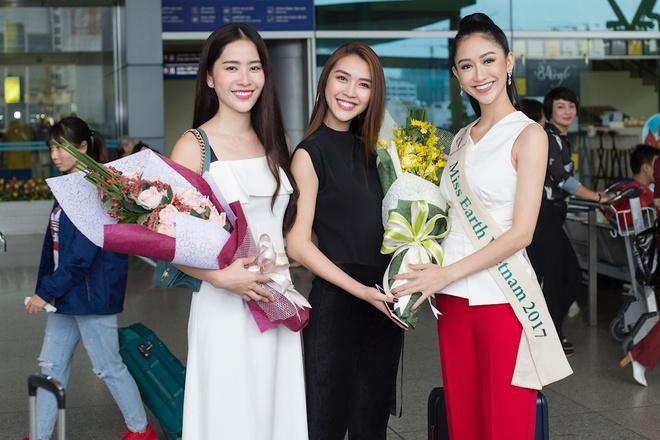 Ha Thu len duong tham gia Hoa hau Trai dat 2017 hinh anh 2