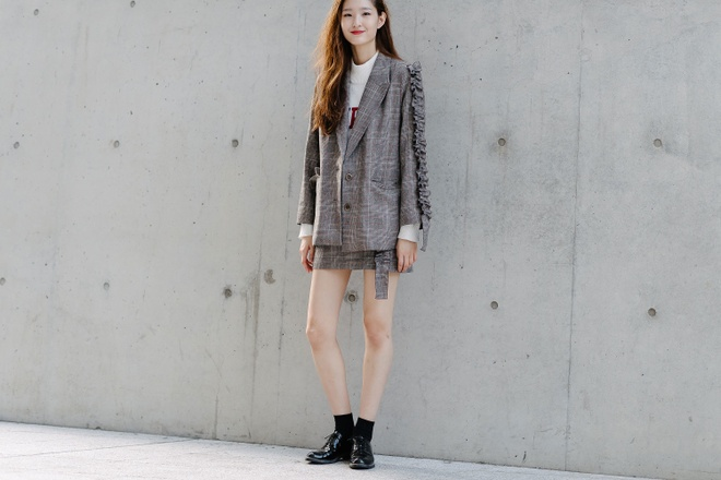 Xu huong street style len ngoi tai tuan le thoi trang Seoul anh 5