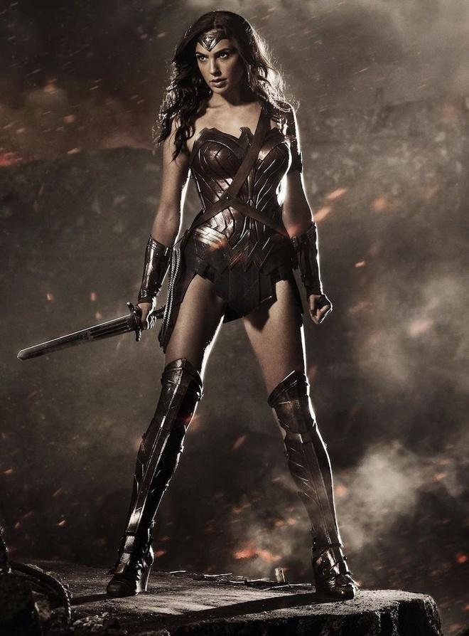 Wonder Woman tro thanh hinh tuong dang hoa than nhat Halloween hinh anh 1