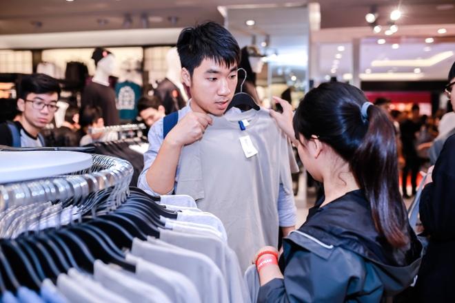 San pham nao duoc gioi tre Viet san don nhieu nhat tai H&M? hinh anh 4