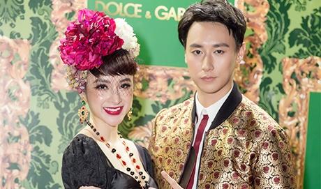 Angela Phuong Trinh, Rocker Nguyen hoa quy toc chau Au hinh anh