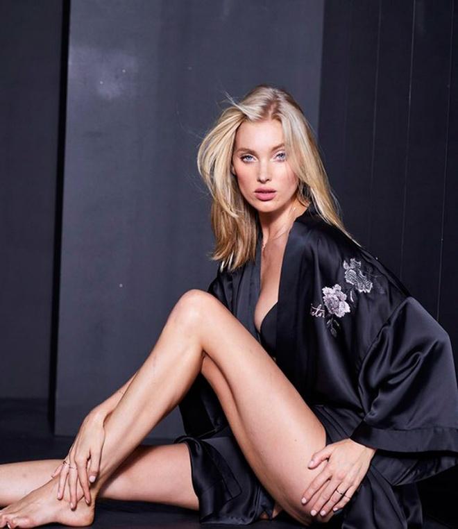 Nhung 'lan dau tien' trong show dien Victoria's Secret 2017 hinh anh 11