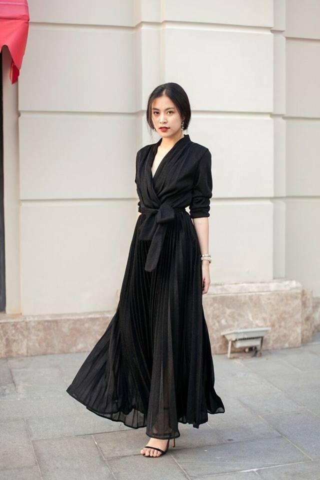 Street style cua Hoang Thuy Linh, Minh Hang dep nhat tuan qua hinh anh 1