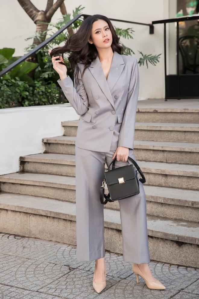 Street style cua Hoang Thuy Linh, Minh Hang dep nhat tuan qua hinh anh 4