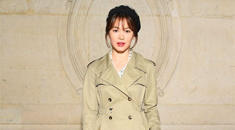 Song Hye Kyo xuat hien sen sam tai show thoi trang hinh anh