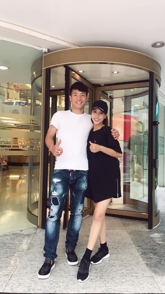 Phong cach thoi trang nam tinh cua dan cau thu U23 Viet Nam hinh anh 5