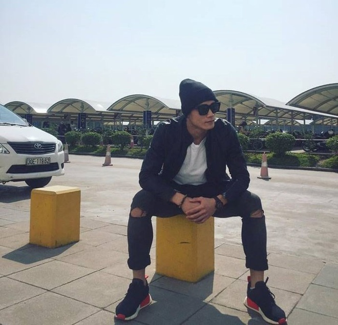Phong cach thoi trang nam tinh cua dan cau thu U23 Viet Nam hinh anh 2