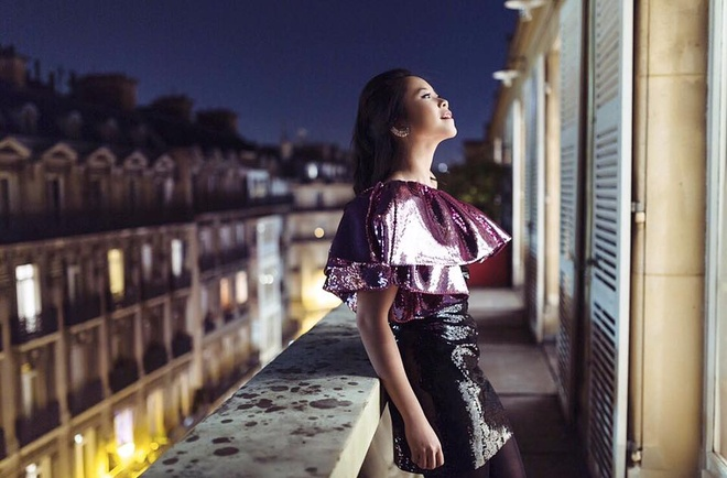 Fashionista Viet xuat hien tren Vogue tai tuan le thoi trang Paris hinh anh 7