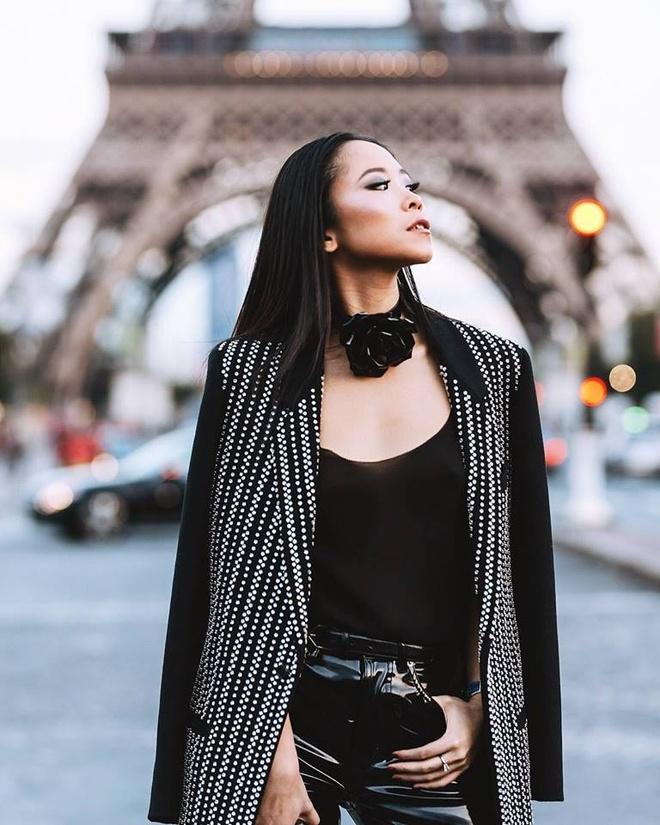 Fashionista Viet xuat hien tren Vogue tai tuan le thoi trang Paris hinh anh 4