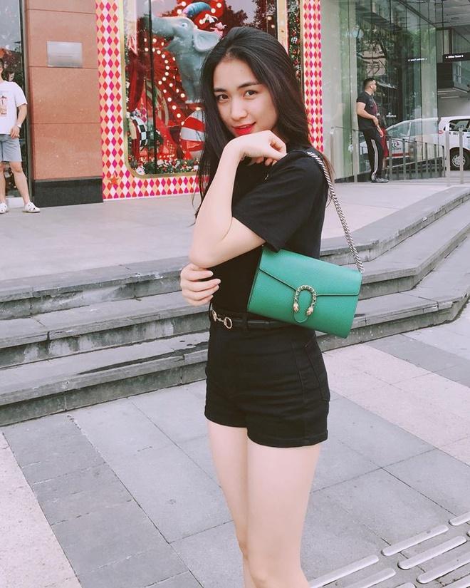 Hoa Minzy: Tin do hang hieu moi cua showbiz Viet hinh anh 3
