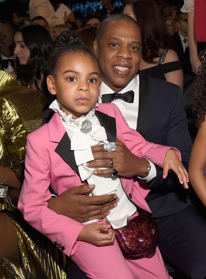 Boc gia tu do hang hieu cua con gai 6 tuoi nha Beyonce va Jay-Z hinh anh 2