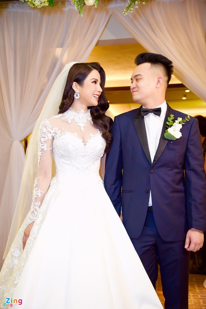 Vay cuoi 120 trieu dong cua Diep Lam Anh anh 1
