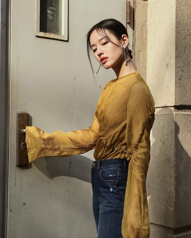 Khanh Linh The Face: Hot girl sanh dieu voi loat do hieu dat do hinh anh 1
