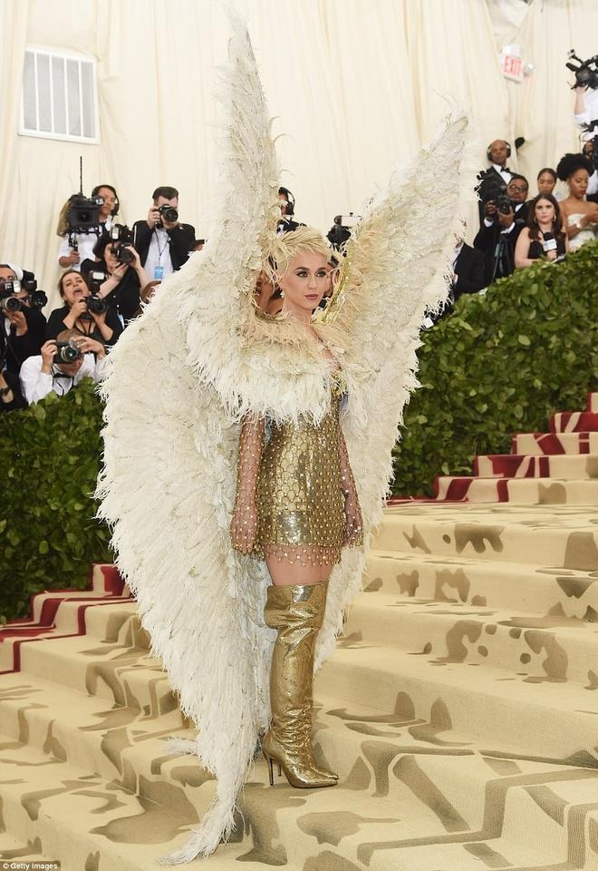 Katy Perry Met Gala 2018 anh 3