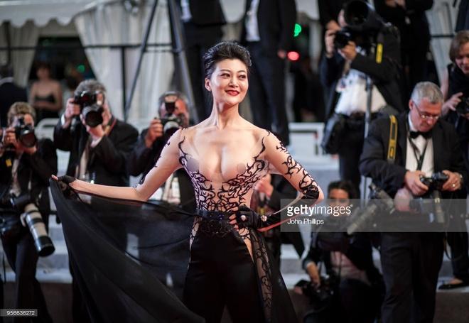 Nhung bo canh phan cam o tham do LHP Cannes 2018 hinh anh