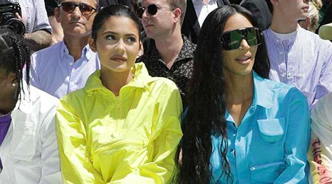 Kylie Jenner bi che dien trang phuc bao ho lao dong xem thoi trang hinh anh