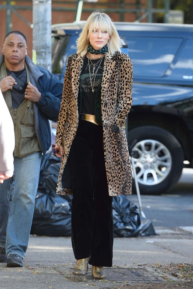 Cate Blanchett quyen luc voi loat do menswear trong 'Ocean's 8' hinh anh 3