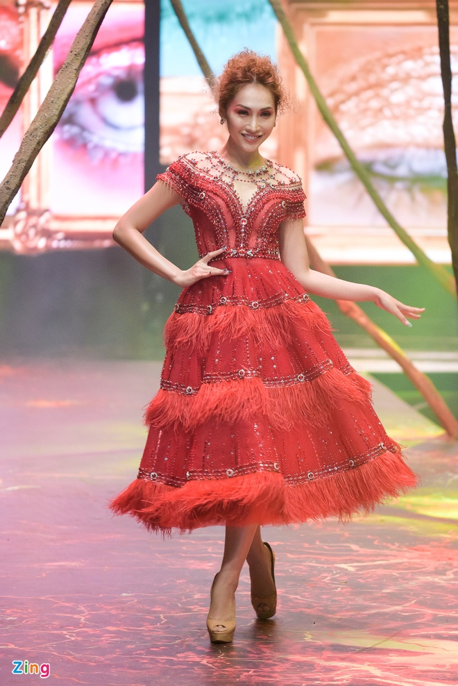 Pham Huong ket show Do Long anh 6