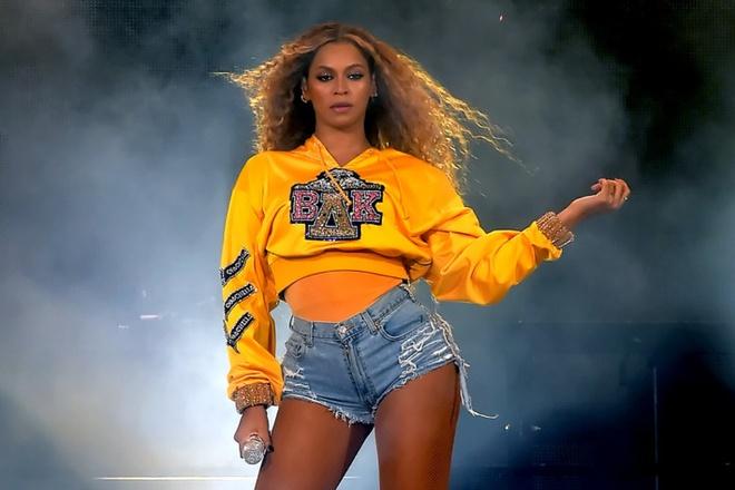 Beyonce ra mat bo suu tap gay quy ung ho cho nganh giao duc hinh anh 1