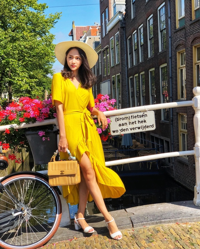 Sao Viet phoi trang phuc street style cung tui xach hang hieu ra sao? hinh anh 5