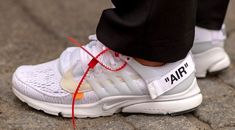 9 mau sneakers an tuong nhat tai tuan le thoi trang xuan he 2019 hinh anh