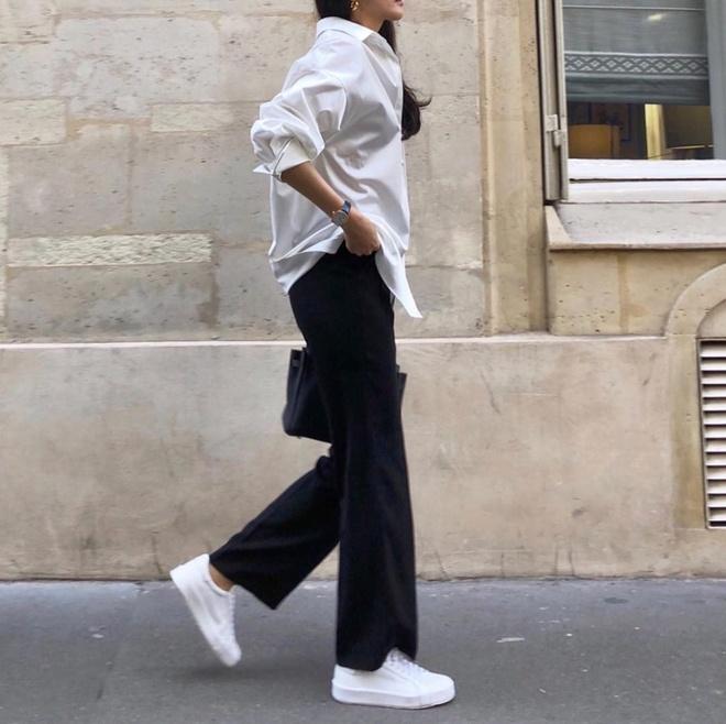 Sneakers trang co the bien hoa nhu the nao? hinh anh 8