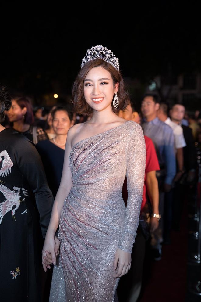 Tang Thanh Ha, Mau Thuy goi cam trong danh sach sao dep tuan qua hinh anh 5