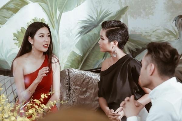 Thuy Van khuyen H'Hen Nie: 'Hay tam niem minh la Hoa hau' hinh anh 2