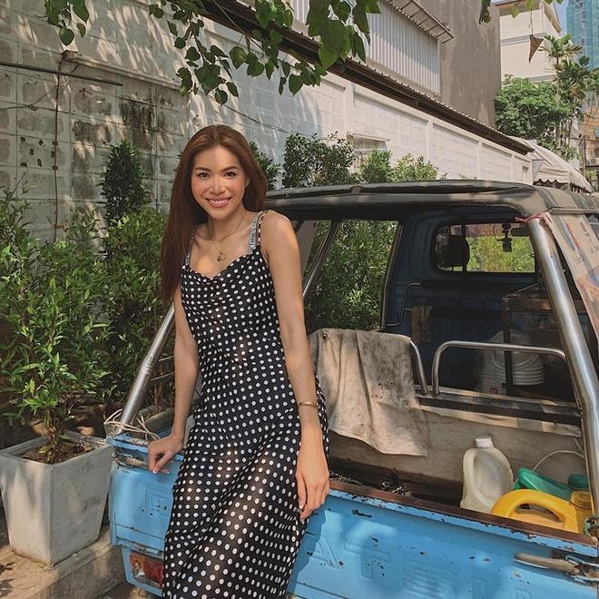 Thanh Hang, Ky Duyen va Minh Trieu dong dieu trang phuc street style hinh anh 5