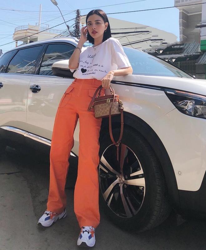 Thanh Hang, Ky Duyen va Minh Trieu dong dieu trang phuc street style hinh anh 9
