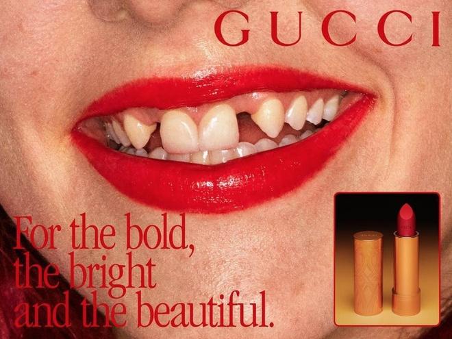 La doi Gucci su dung nguoi mau rang sun de quang cao son moi hinh anh 1