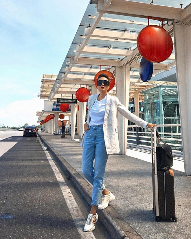 Thanh Hằng, Đặng Thu Thảo ưa chuộng trang phục thanh lịch xuống phố