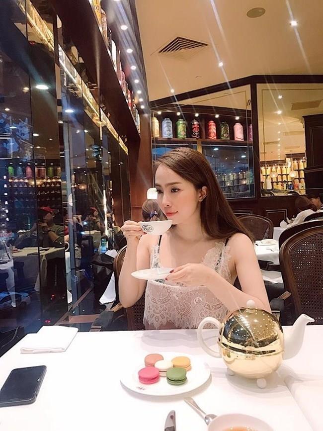 Phong cach thoi trang hot girl anh 7