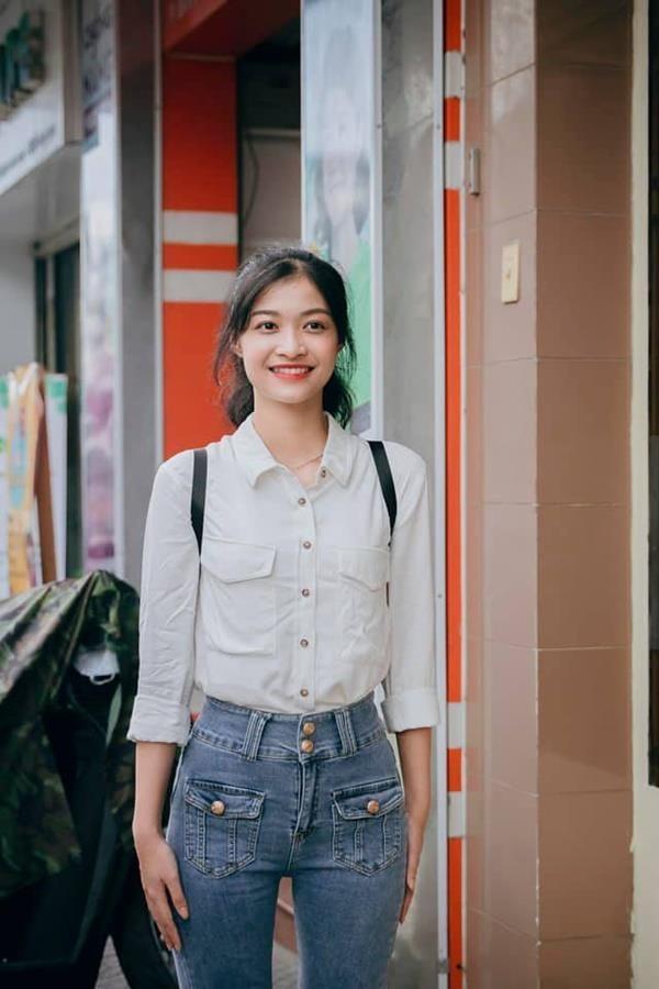 Khong theo style goi cam, A hau 1 Kieu Loan doi thuong rat gian di hinh anh 6